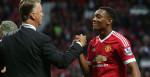 louis-van-gaal-anthony-martial-manchester-united-liverpool-celeb-victory_3350391
