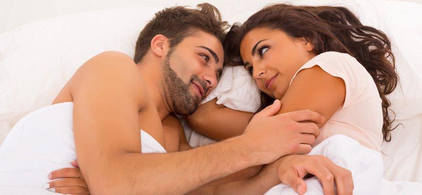 Красивый домашний секс с девушкой в маске